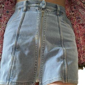 3/$50 - Light blue denim jean zipper skort